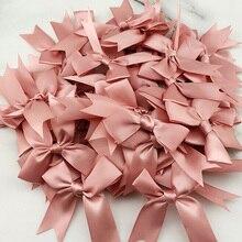 (50 шт./упак.) 85*85 мм свежая розовые ленты с бантами небольшой Размеры из атласной ленты с цветочным узором и бантом для декорирования вестибюл...