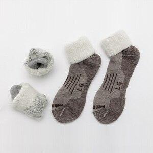 Image 2 - 2 pares meias de lã merino, zealwood unisex caminhadas trekking tripulação meias térmicas quentes meias de inverno