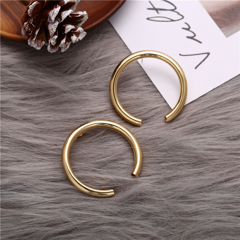 17KM Vintage Round Metal Earrings For Women Fashion Geometric Big Stud Earrings Cricle Gold Earring Female Gift 19 Jewelry 6