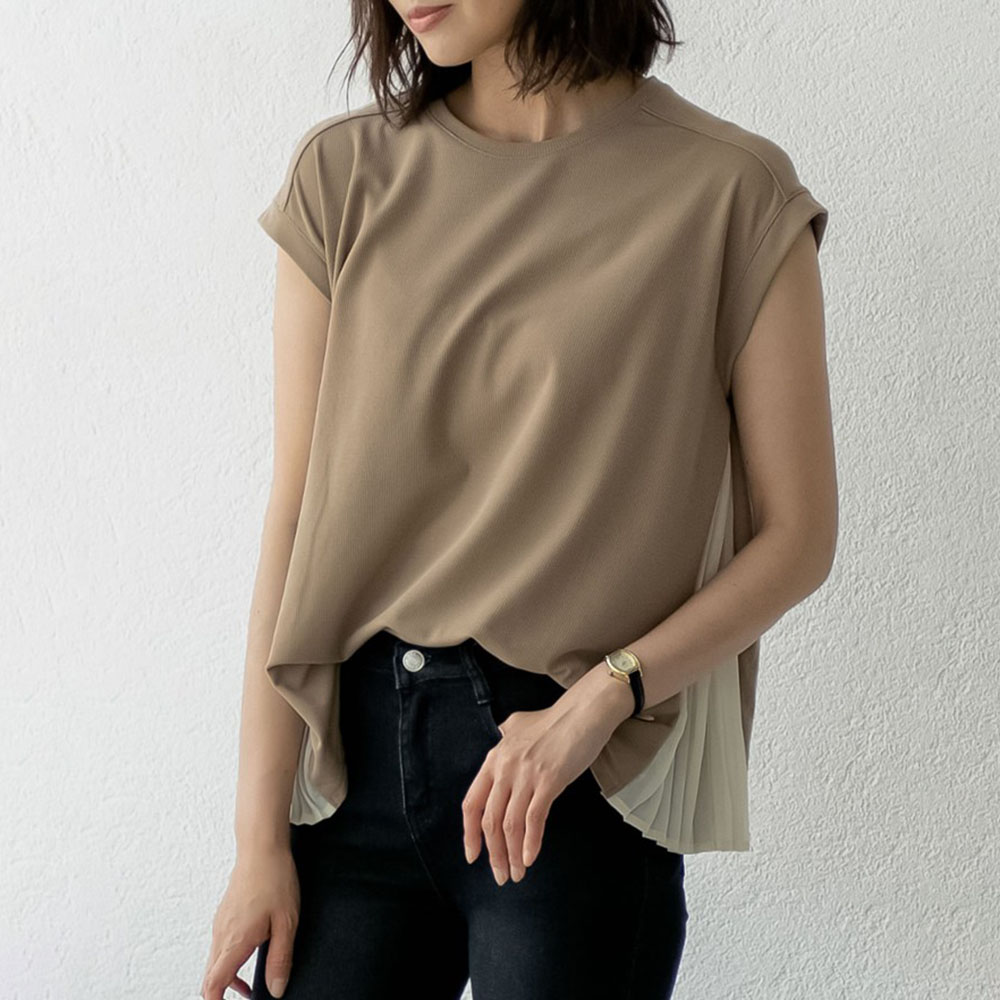 2020 Korean Fashion New Women's Chiffon Pleated Top Causal Summer Short Sleeve Round Chic Female Shirts Women Blouse