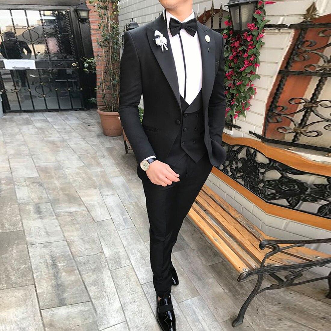 Men's Suits 3 piece Slim Fit Peaked Collar Black/Beige/Grey Tuxedos Groomsmen for Wedding Suits Men 2019 (Blazer+Vest+Pants)