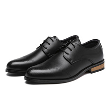 2020 Men Dress Shoes Handmade Brogue Style Paty Leather Wedding Shoes Men Flats Leather Oxfords Formal Shoes