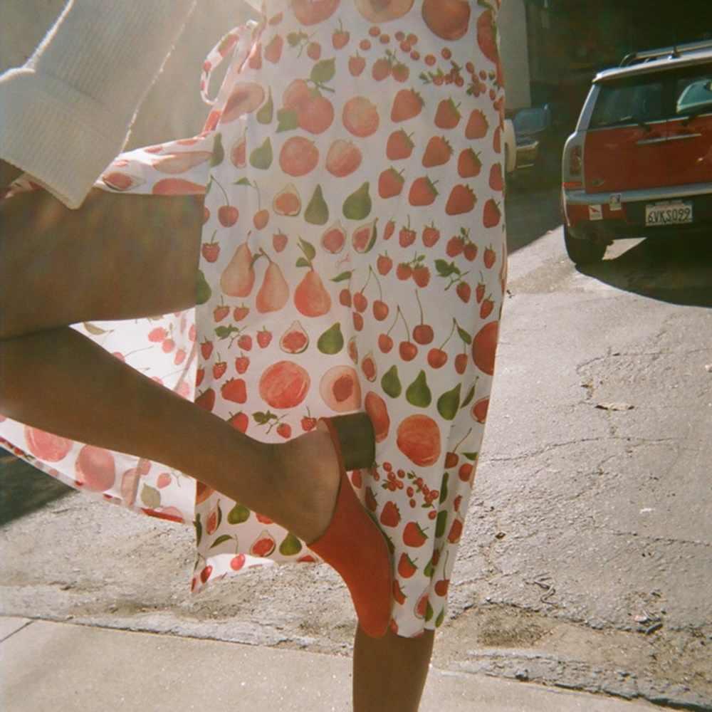 Women Midi Skirt HIght Waist Sweet Skirt Strawberry Print Cut Skirt Lady  Long Beach Skirt Women Clothing FH181