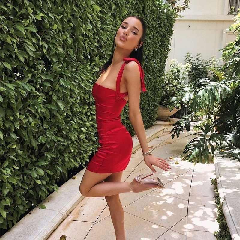 Vestidos de satén mujeres 2019 verano vendaje Sexy Bodycon Fiesta Club vestido ropa sin espalda elegante de hombro Mini Vestidos