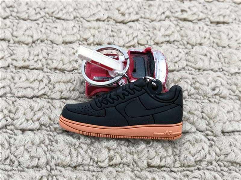 Venta caliente lindo mini silicona Air sneakers llavero baloncesto zapatos mochila colgante llavero regalo creativo zapato llavero