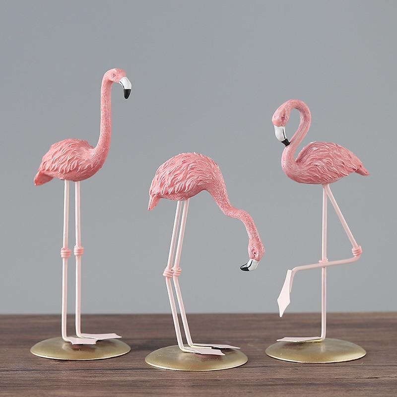 Pink Flamingo Cute Animal Shape Resin Ornament Sculpture Statue Home Garden Decoration Living Room Decoration