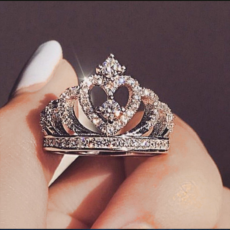 Luxury Crown Ring for Women Romantic Princess Heart Wedding Engagement Statement Ring Romantic Christmas Gift Jewelry Gift