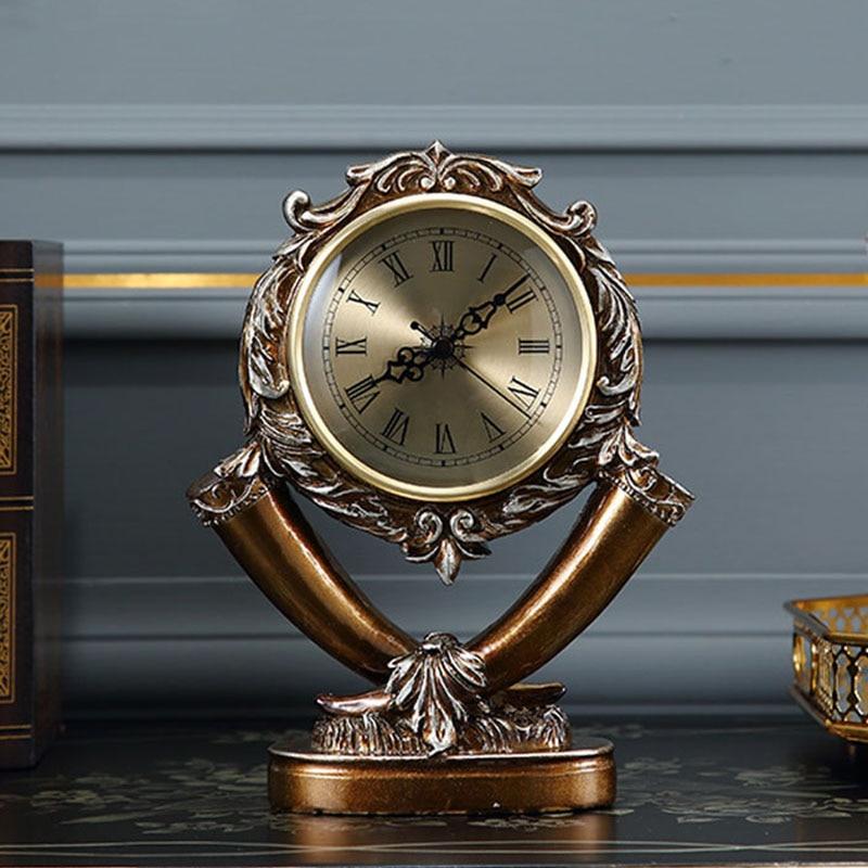 European Table Clock Living Room Retro Desk Clock Home Decor American Mute Desk Watch Resin Desktop Clock Desktop Decoration