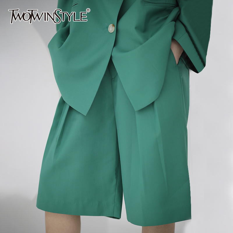 TWOTWINSTYLE Casual Women Knee Length Pants High Waist Loose Pleated Wide Leg Pants Female Fashion Clothing 2020 Spring Tide
