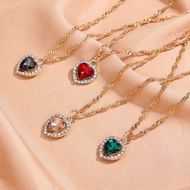 Flatfoosie Shiny Heart Crystal Pendant Necklace for Women Exquisite Gold Silver Color Twist Chain Necklace Fashion Jewelry Gift 1