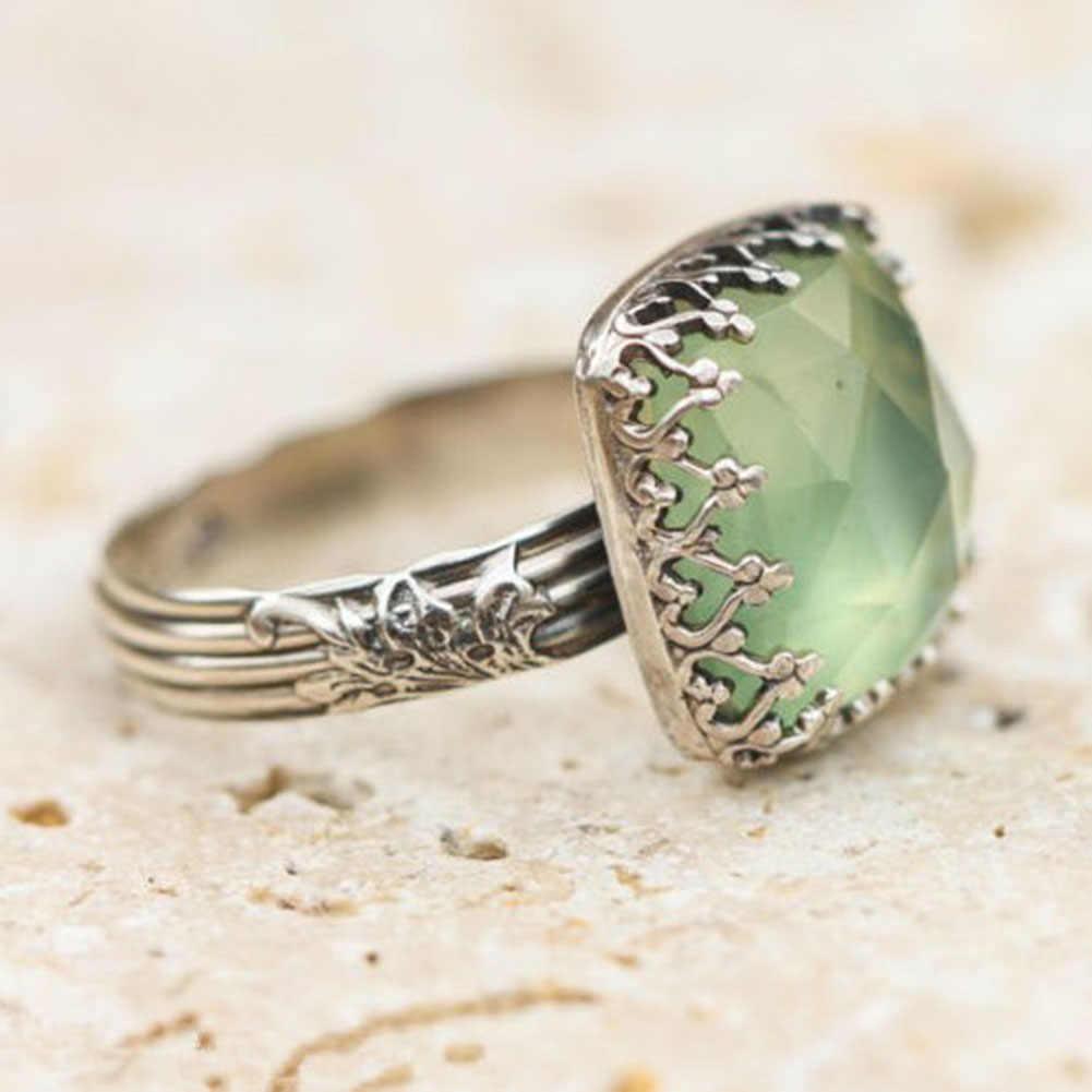 العتيقة النساء خاتم Vintage بوهو الأميرة قطع الكريستال الطبيعي الأخضر حجر القمر خواتم لل مجوهرات نسائية الشرير