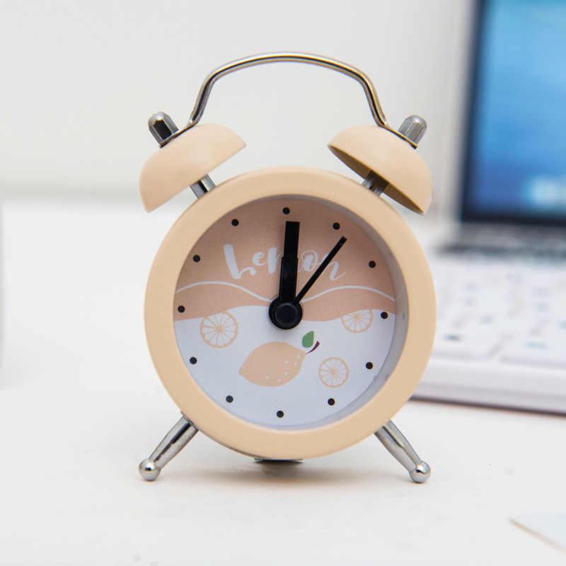 Lindo Mini reloj despertador creativo Metal pequeños relojes despertadores 7,5 CM electrónico pequeño despertador estudiante prueba llevar relojes niños regalo
