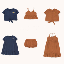 12m 5y baby girl ruffle fly sleeve linen dress new kids girls solid dresses button falbala princess party tops clothes vestido 2020 summer new girls dress Birthday party cotton princess dress cute Suspenders kids dresses for girls tops 12M-10Y