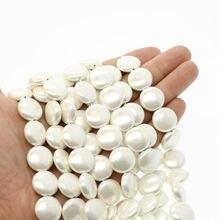 Натуральный белый корпус 15 мм в форме кнопки свободные бусины