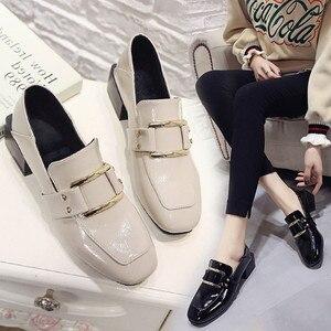 Image 4 - Buty designerskie damskie luksusowe 2020 letnia kobieta moda czarna praca lakierki wysokiej jakości Plus size damskie buty Zapatos mujer