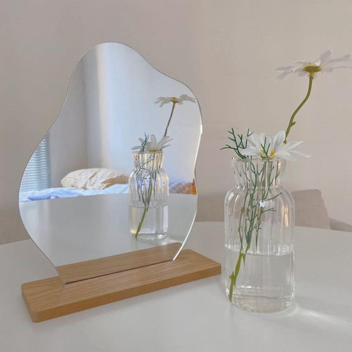 Korean style Makeup Mirror Ins Irregular Acrylic Decorative Mirror Wooden Base Cosmetic de maquillaje Beauty Tools Dropshipping