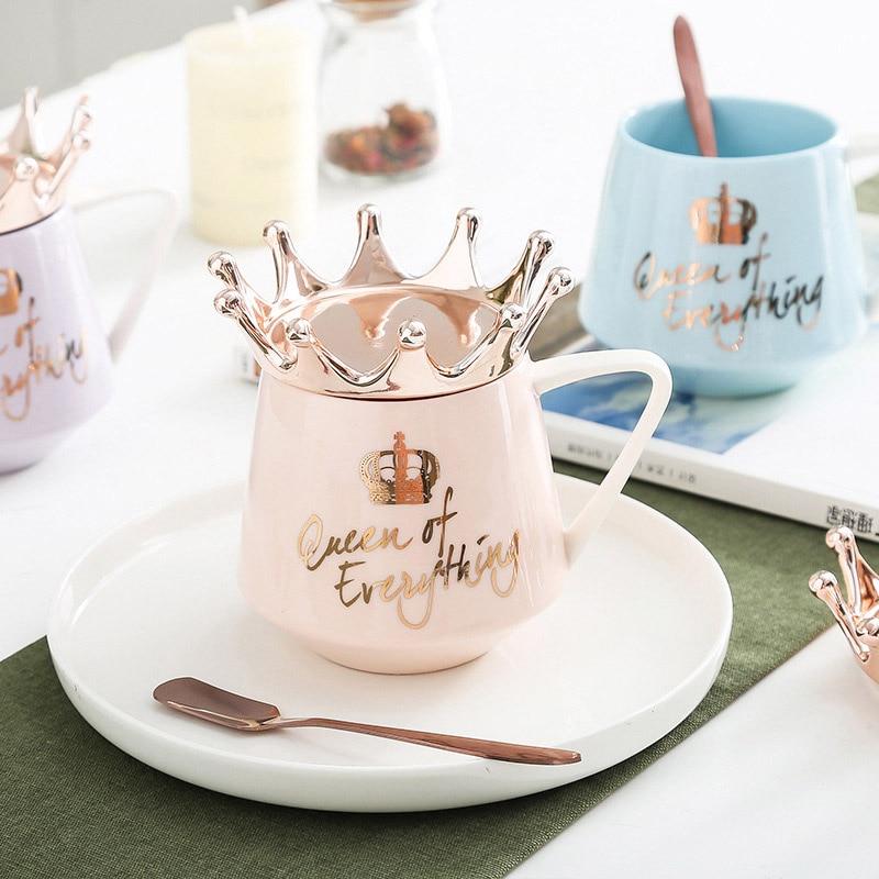 새로운 크라운 테마 우유/커피 머그잔 300ml 만화 여러 가지 빛깔의 머그잔 컵 주방 도구 남자 친구 또는 여자 친구를위한 최고의 x-mas 선물