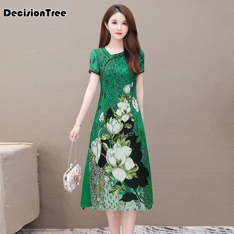 2020 Women Chinese Dress Qipao Long Cheongsam Chinese Traditional Dress Plus Flowers Print Vintage Dress Oriental Robes Vestido