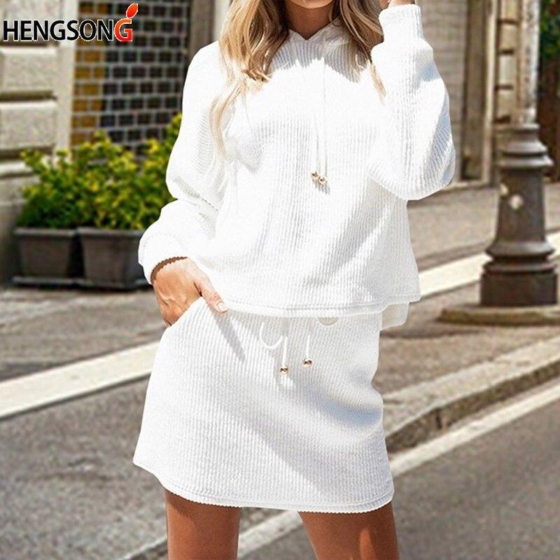 Новый женский комплект 2 шт. пуловер с капюшоном и длинными рукавами, свитер и мини-юбка, комплект из двух предметов, топы на шнуровке