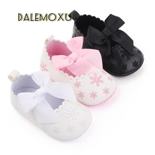 Sweet Infants Crib Shoes PU Leather Newborn Girls Sneakers Baby Infant Moccasins Soft Anti-slip Casual Princess Bowknot Shoes