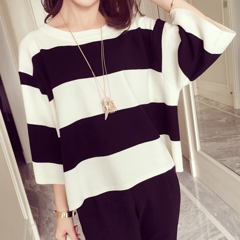 DCasual Loose Knitted Striped Women T shirt 2019 Autumn T-shirt Round Neck Tee Tops Three Quarter Sleeve Thicken