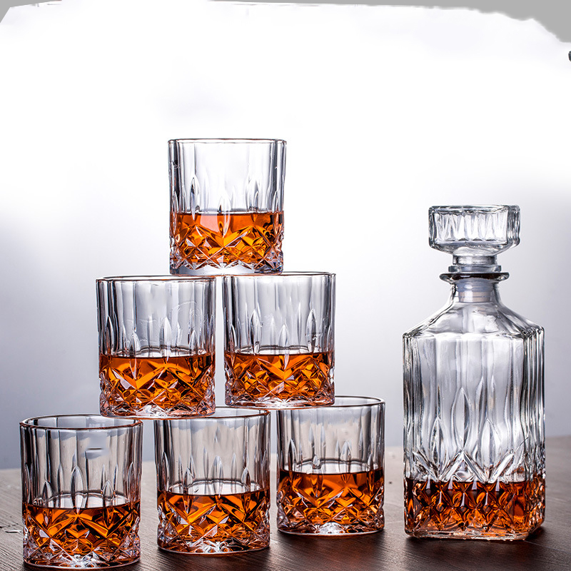 Luxury home glass lead-free 7 Pcs Whiskey Decanter Set with 6 Pcs old fashioned whiskey glass for Liquor Scotch Bourbon