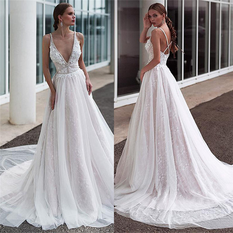 Sexy Spaghetti Strips A Line Lace Wedding Dress Criss Cross Back Garden 2021 Women Fashion Bridal Gowns Beaded
