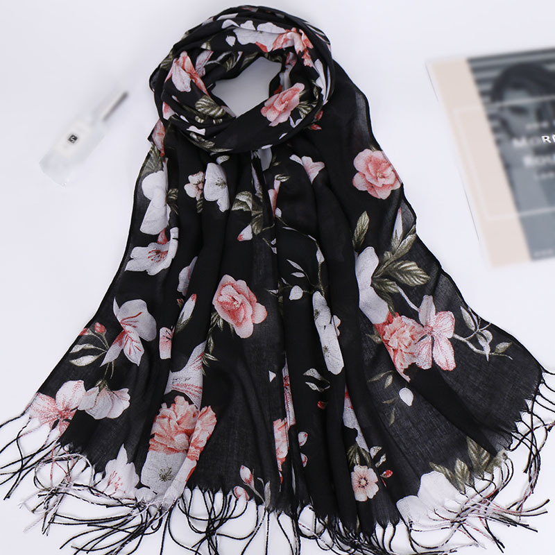 2019 Fashion Tassel Long Print Woman Scarf Thin Summer Shawls And Wraps Flowers Scarves For Ladies Bandana Echarpe Foulard Femme