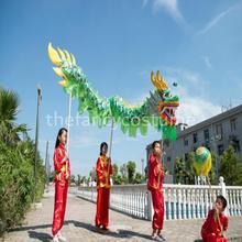 3.1m crianças tamanho chinês dragão dança de seda folclórica festival celebração 4 crianças jogador festa traje palco adereços