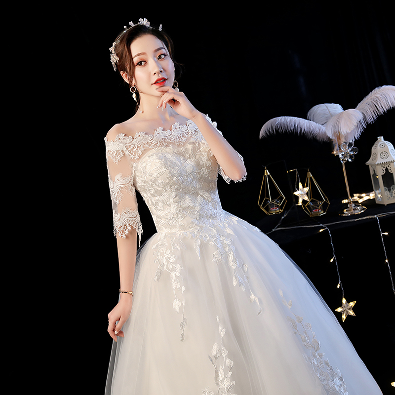 2019 New Arrival Half Sleeve Wedding Gown Bride Dress Boat Neck Lace Ball Gown Princess Simple Wedding Dress Vestido De Noiva