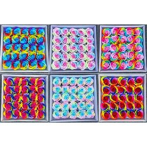 Image 2 - 25ピース/セットカラフルな石鹸ローズ装飾花石鹸花びら結婚式の好意バレンタインデーのギフトレインボーローズブーケ