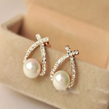 2018 New Fashion Female Elegant Cute Pearl Stud Earrings for Women Korea For Gift Jewelry Accessories hot sale