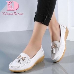 Brand New women's Split Leather Loafers Fashion Slip On Vulcanized Metallic Shoes Woman 2021 Ladies Fringe Casual Comfy Flats