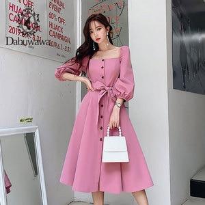 Image 2 - Dabuwawa Mulheres Do Vintage e Elegante Vestido No Início do Outono Puff Luva Praça Neck Ruffles Rosa Vestidos Casuais Vestido Longo DN1CDR053