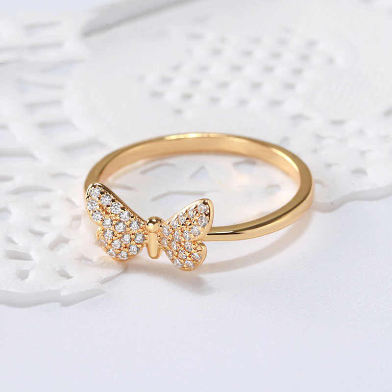 Effie Queen 925 เงินสเตอร์ลิงแหวนผู้หญิงรูปแบบผีเสื้อ AAA Shiny Zircon หญิง s925 แหวนเครื่องประดับ TSR59