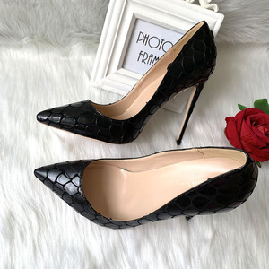 Image 3 - 2019 new style Factory wholesale black petal pointed toe perform walking show women lady hot sale 120mm block high heel autumn
