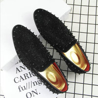 Fashion Men dress shoes PUNK rivet Rhinestone Black Party Wedding Shoes Pointed toe flats Driving Shoes Loafers LE 20