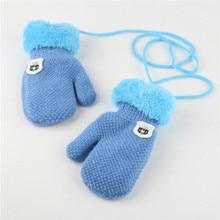 Новое поступление на зиму для маленьких мальчиков и девочек трикотажные перчатки теплые веревку Сгущает Полный митенки для пальцев перчатки для детей Дети