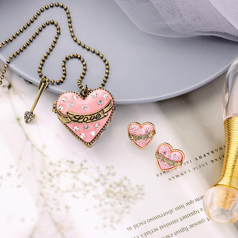 Sweet Elegant Jewelry Pink Opened Heart Necklace Long Chain Sweater Bead Chain Pendant Antique Gold Color Vintage
