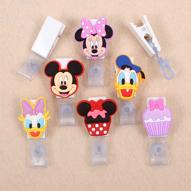 Cartoon Daisy Duck & Mouse Badge Holder Plastic Clip Of Work Cover Badge Reel Nurse Exhibition Enfermera ID Name Cards For Girls