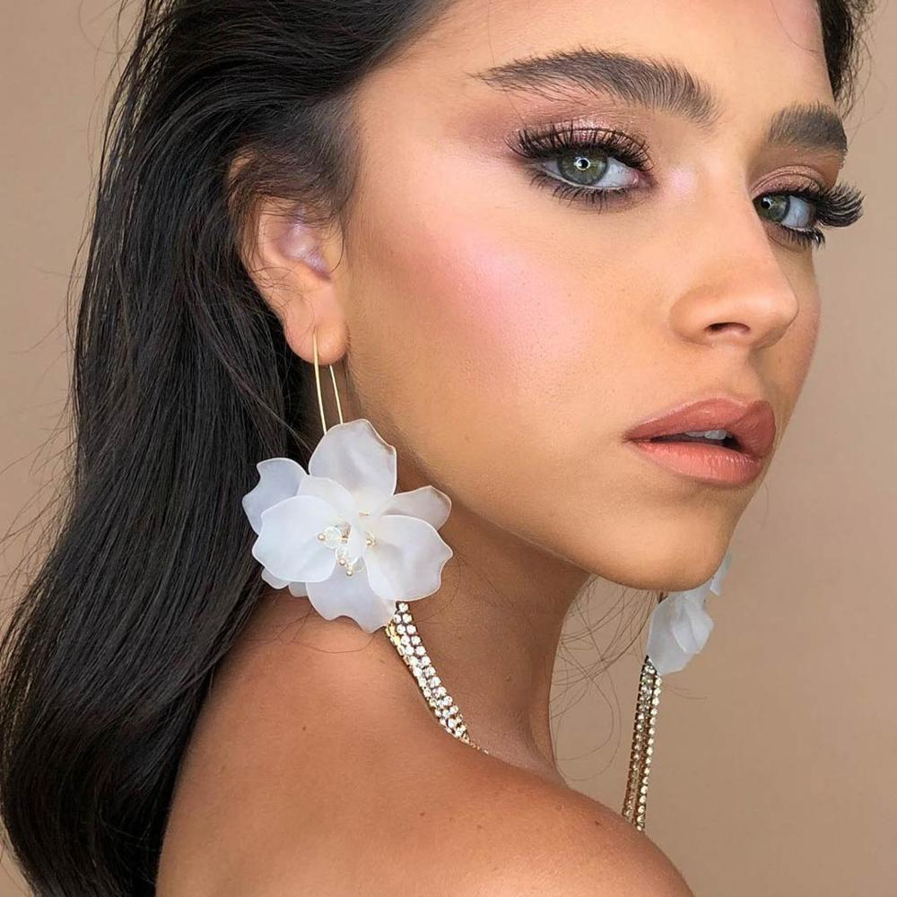 Girlgo 2020 New Irregularity Resin Flower Drop Earrings Wedding Jewelry For Women Handmade Elegant Earring Bijoux Accessories