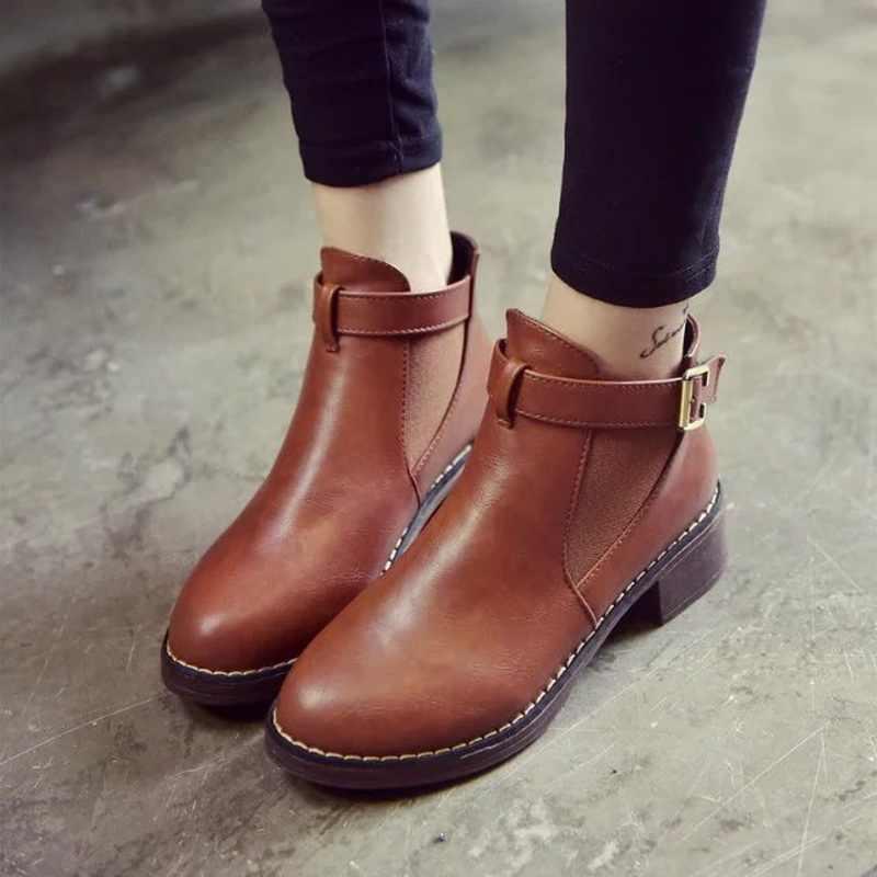 Kadın Ayak Bileği Martin Çizmeler 2019 Sonbahar Kadın rahat ayakkabılar Kadın Düz Moda Platformu Yuvarlak Ayak Toka Kayış Katı Rahat