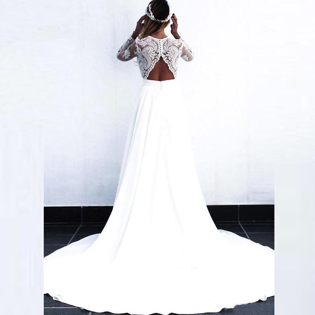 2021 Wholesale Charming White Long Sleeve Bridal Wedding Gowns Lace Deep V Neckline Wedding Dress for Bride Cut Out Back A Line 3