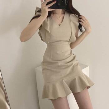 Chic Summer 2020 Elegant Plus Size Mini Dresses Women Vintage Trumpet Sleeveless Ruffles Fresh V-Neck Slim Sweet Dress Women 2