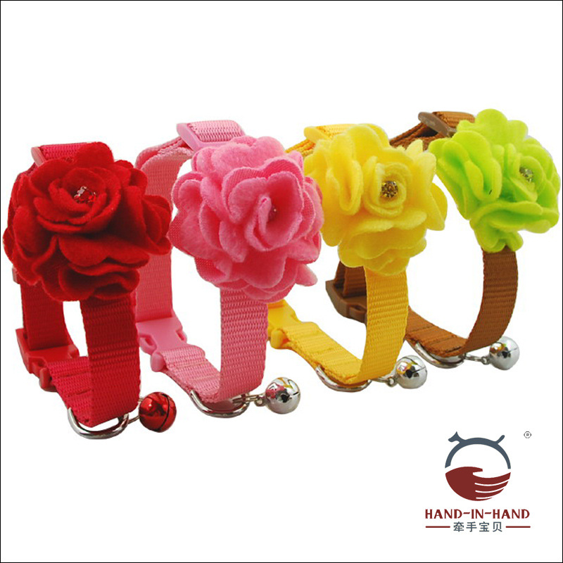 Hand-in-hand Pet Supplies Pet Collar Dogs And Cats Pet Bell Neck Ring Collar Rose Petals Nylon Neck Band