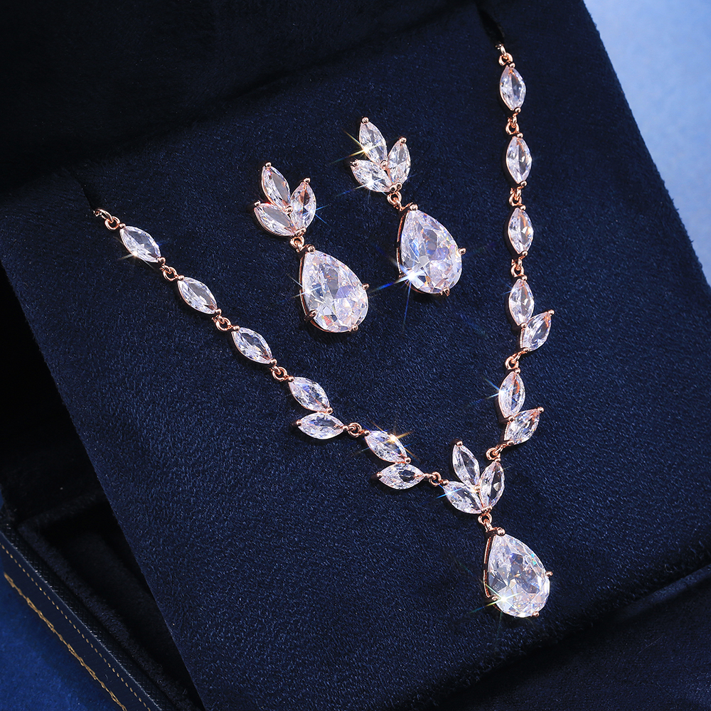 Huitan Classic Big Pear CZ Stone Necklace/Earring Wedding Set for Women Delicate High Quality Zircon Lady Party Wear Jewelry Hot
