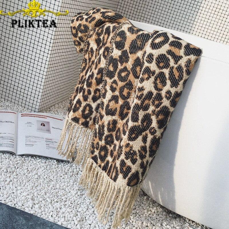 Winter Fashion Tassel Leopard Scarf Warp Women Faux Cashmere Poncho Wool Blends Female Tippet Scarf Leopard Shawl Warm Stole