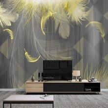 Papier peint moderne noir et blanc avec plumes dorées, géométrique