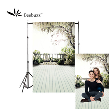Beebuzz photo backdrop white flowers and balcony railing background the view outside courtyard terrace photophone