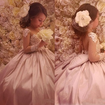 Flower Girls Dresses For Weddings Jewel Neck Long Sleeves Lace Appliques Party Birthday Children Communion Girl Pageant Gowns